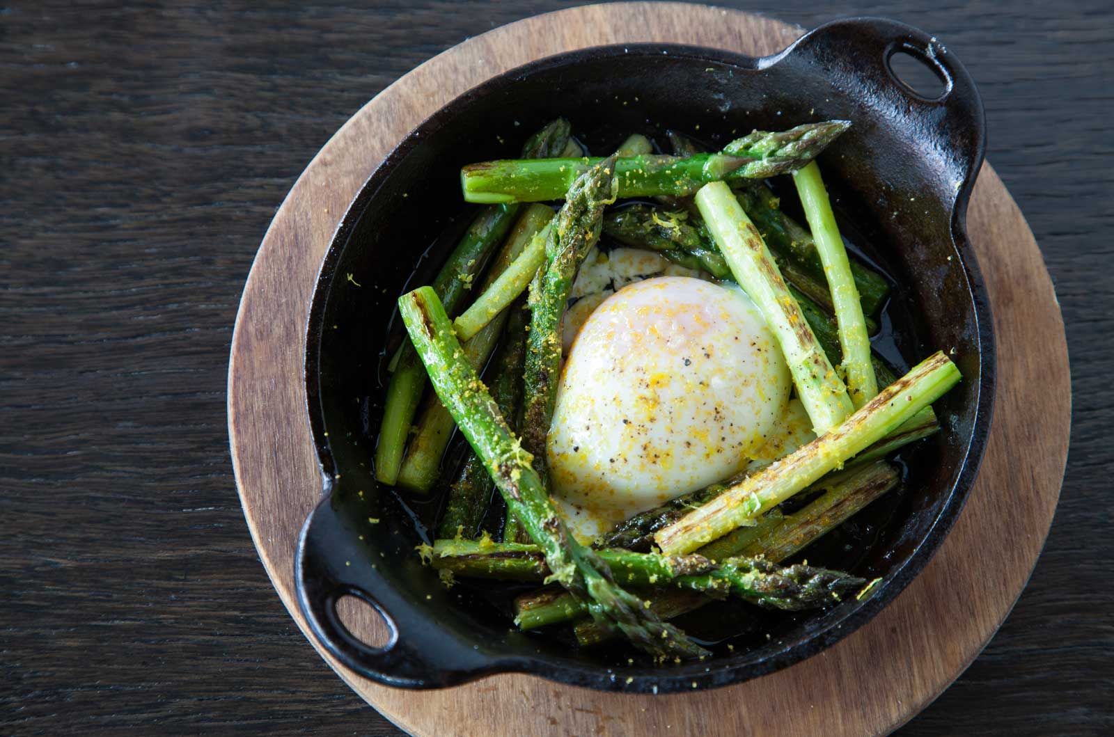 Egg and asparagus at The 404 Kitchen in Nashville