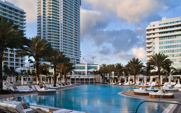 Here s how to celebrate frank sinatra s 100th birthday in for Boutique hotel fontainebleau