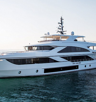5 stunning vessels at the 2019 Dubai International Boat Show