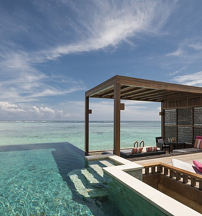 Island escapism, Four Seasons style