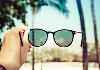 Eye for travel: 3 tips on 'looking' your best while on holiday