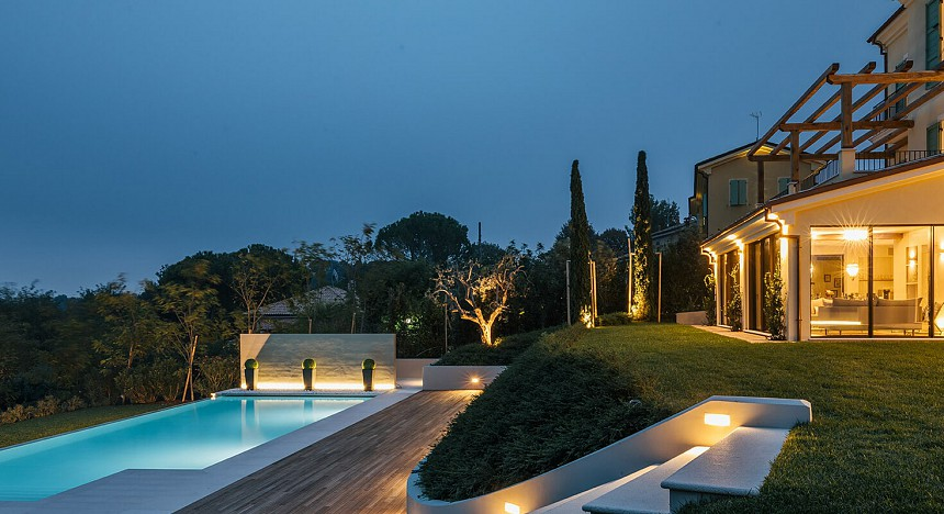Villa Olivo, Italy, Villas, gym, private pool, spa, gorgeous gardens, Italian escape, vineyards, classic design