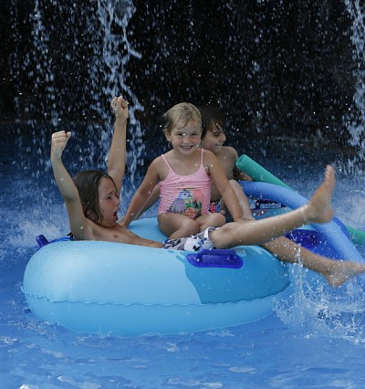 LUXE KIDS: Cool off at camp
