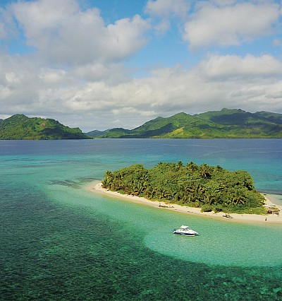 Private-island glamping in the South Pacific