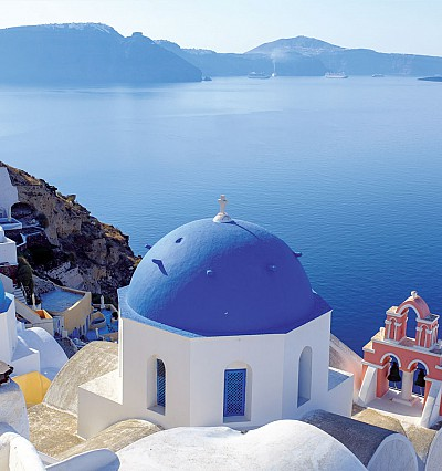 A chef's guide to dining in Santorini