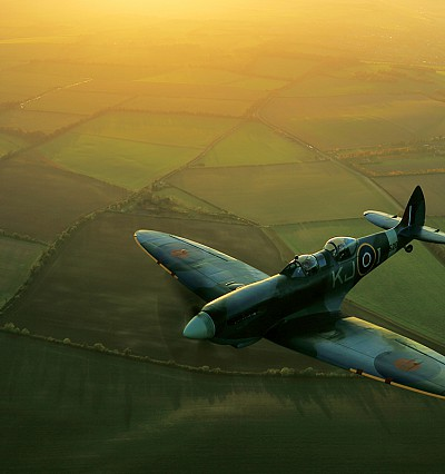 Flying high in a Spitfire with The Lanesborough