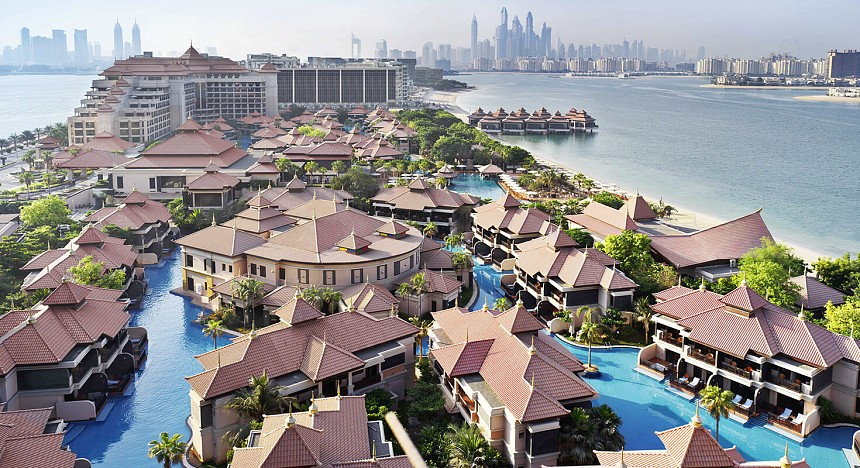 Anantara The Palm Dubai Resort, Resorts in Dubai, Luxury Resorts, Beach, Pool, Anantara Resorts in Dubai, The palm, Dubai, Luxurious, Luxury travel, Rooms, Palm Jumeirah Hotel