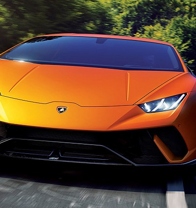 The next legend: Lamborghini Huracán Performante