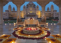 Now you can spend time with royalty on a luxury tour of India