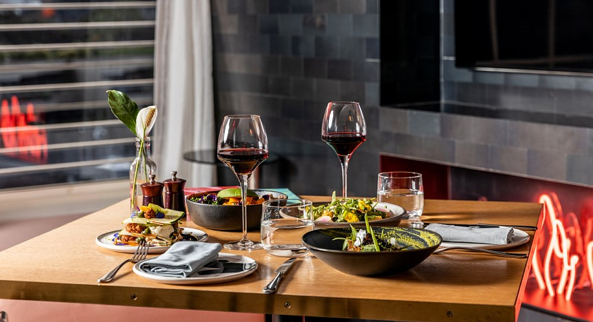 Ovolo Woolloomooloo, Sydney Boutique hotel, restaurants, hospitality, rooms, suites, hotels