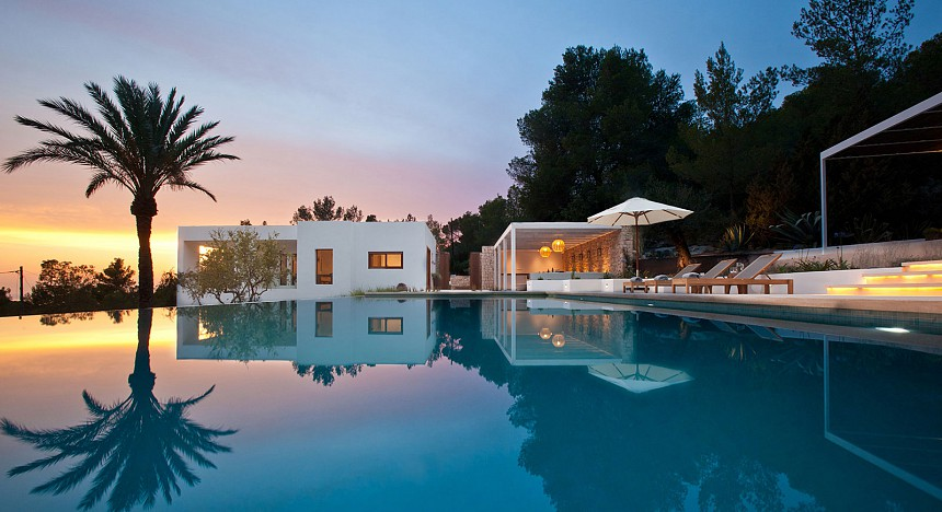Relive the glory days in Ibiza