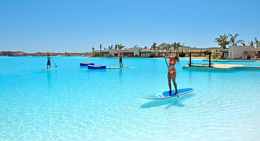 Hitting The Beach In Las Vegas Sin City Lagoon Has Been Unveiled