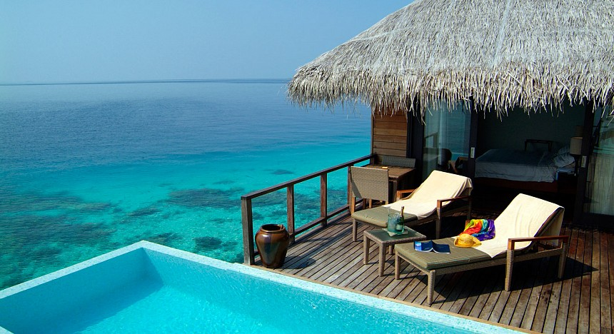 Coco Bodu Hithi honeymoon