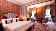 Regal and rouge: a room at the new Bordeaux hotel