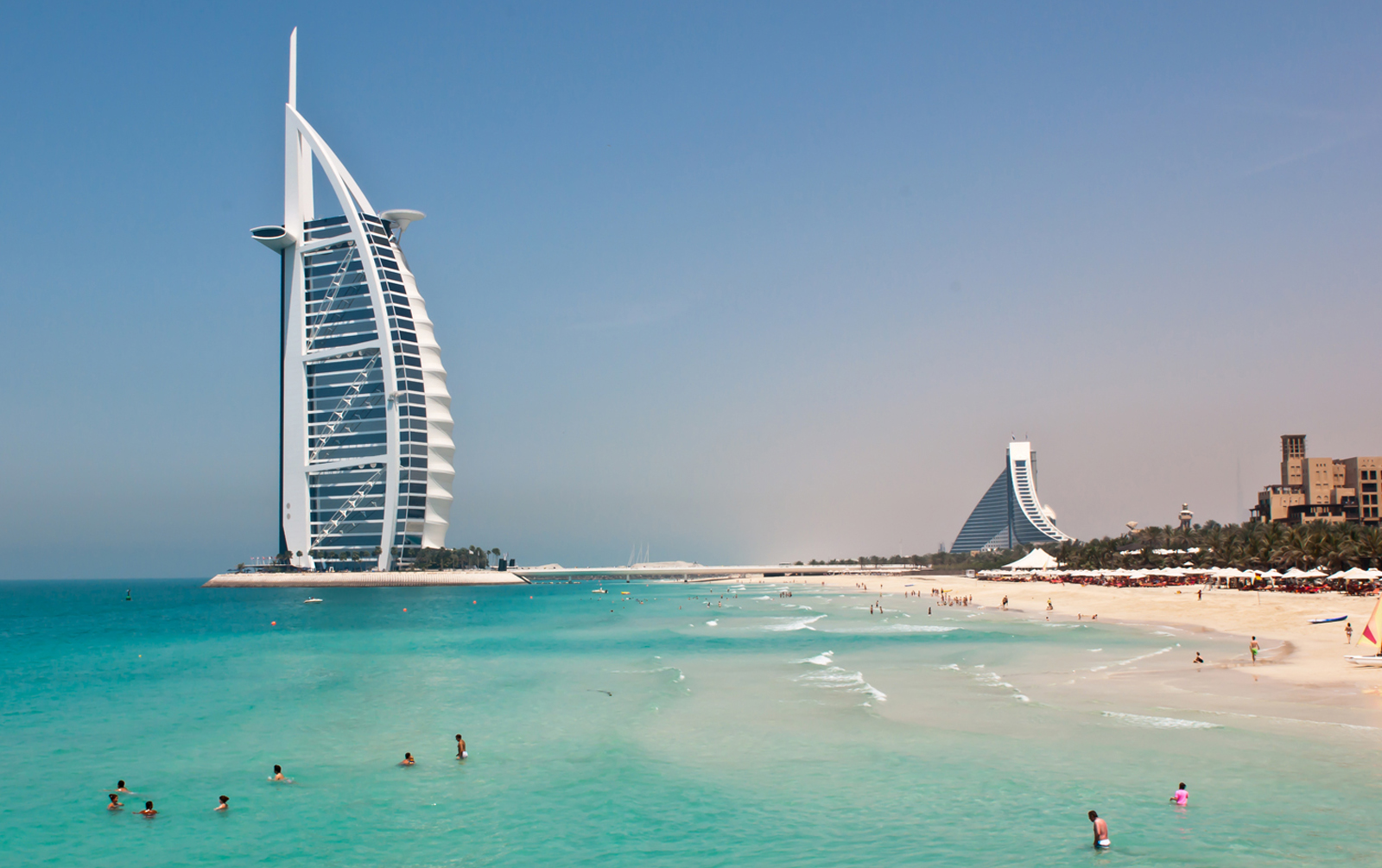 Google suite view explore dubai s burj al arab with for Burj arab dubai